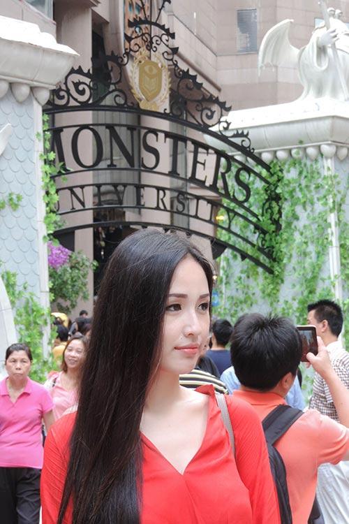 """mai phuong thuy """"tung tang"""" mua sam o hong kong - 6"""