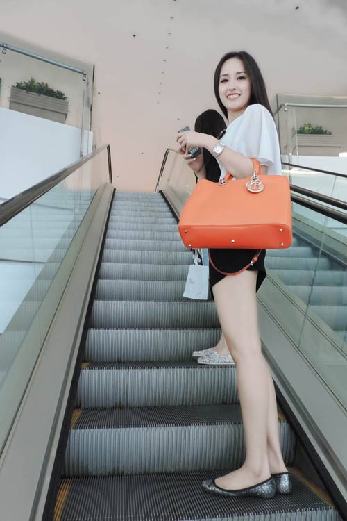 mai phuong thuy hao huc chon do o hong kong - 3