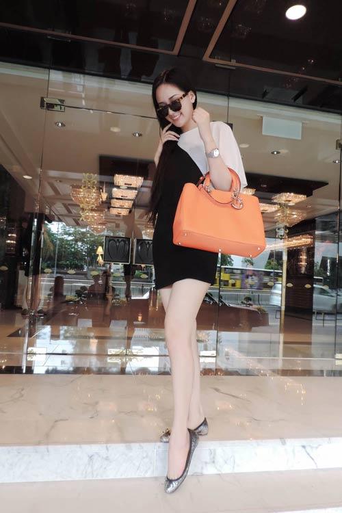 mai phuong thuy hao huc chon do o hong kong - 12