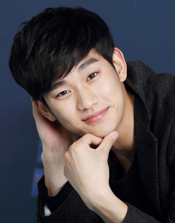 """kim soo hyun lam """"sieu trom"""" tai hongkong - 1"""