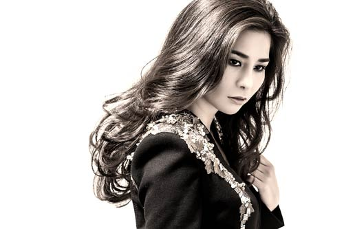 "luu ky huong ""do sac"" angela phuong trinh - 3"