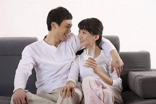mot doi chong, khong dam yeu trai tan - 1