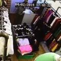 Tin tức - 'Quý bà' vào shop trộm ví tiền nhanh như chớp