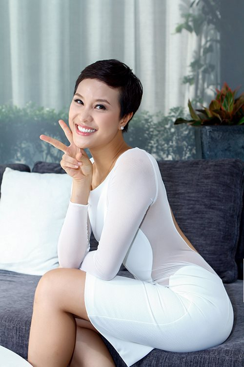 phuong mai khoe lung ong day hap dan - 6