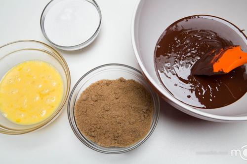 banh quy chocolate ca phe gion tan - 5