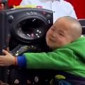 Làm mẹ - Bé 3 tuổi: Cháu muốn mang hạnh phúc cho mọi người