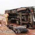 Tin tức - Lái xe tải ngủ gật tông hai vợ chồng thương vong