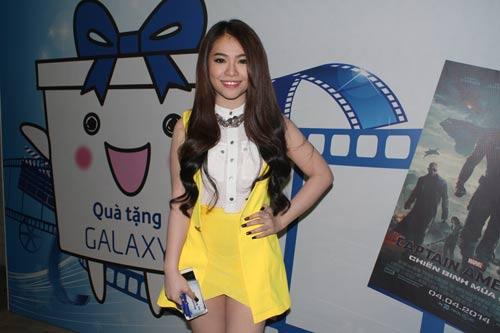 "phuong vy idol ""kin dao"" chay show trong dem - 6"