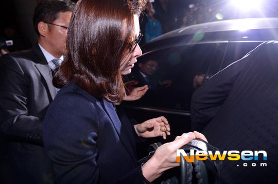sung hyun ah nghen ngao sau phien xu ban dam - 7