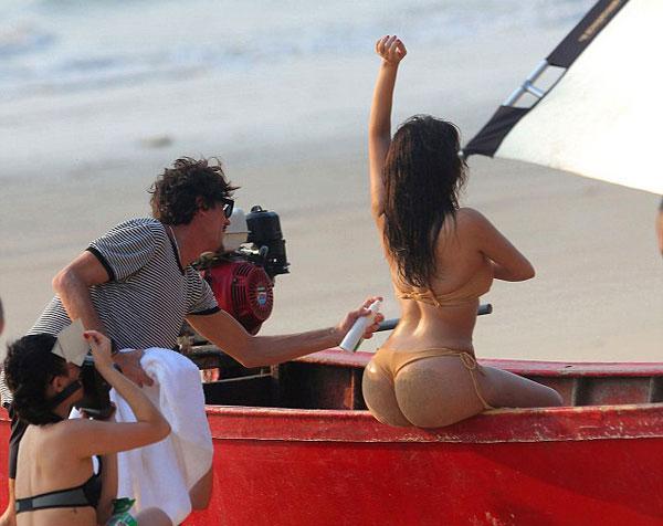 "hoang voi ""sieu vong 3"" cua kim kardashian - 3"