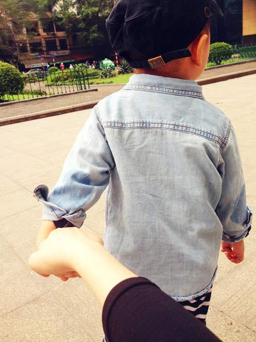 thuy van hanh phuc ben con trai dang yeu - 2