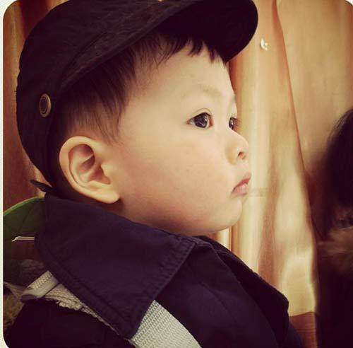 thuy van hanh phuc ben con trai dang yeu - 4