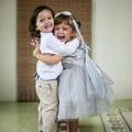 Làng sao - Cặp song sinh nhà Hồng Nhung xinh như thiên thần
