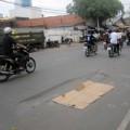 Tin tức - Va chạm với xe tải, một phụ nữ bị cán chết