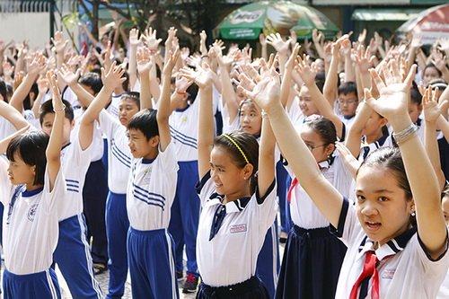 "thuy uyen khoe da ngam ""khong dung hang"" - 12"