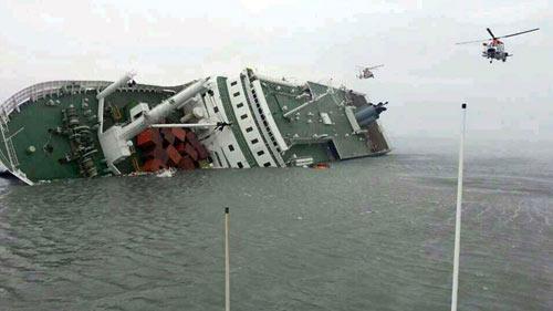 Hàn Quốc: Lật phà, 474 người mất tích trên biển - 1