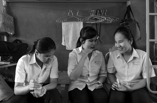 Những bức ảnh xúc động về học sinh khiếm thị-2