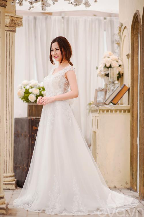 Chọn váy 'chuẩn' cho cô dâu nấm lùn - 1