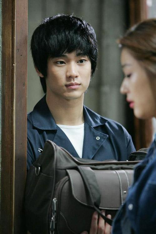 kim soo hyun: tu trai hu toi trai dep ngoai hanh tinh - 8