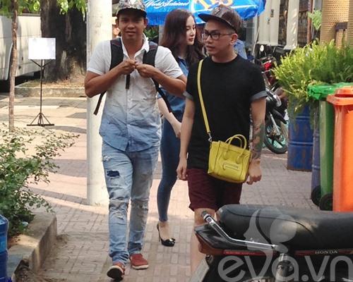 angela phuong trinh mac kin dao lai xe 3 ty - 2