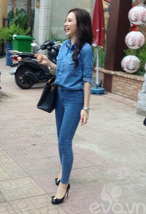 angela phuong trinh mac kin dao lai xe 3 ty - 9