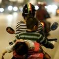 Làm mẹ - Cách dạy con đáng xấu hổ của mẹ Việt