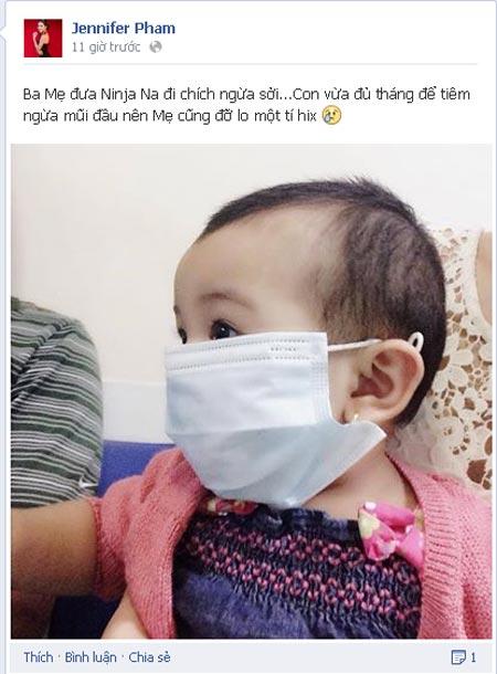 Jennifer Phạm đưa con gái đi tiêm phòng sởi-2