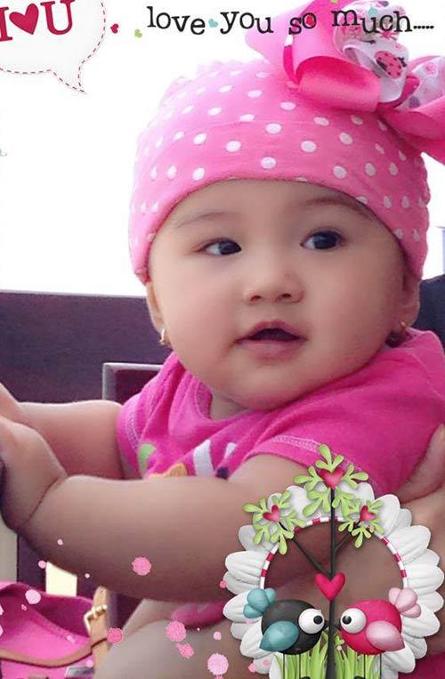Jennifer Phạm đưa con gái đi tiêm phòng sởi-3