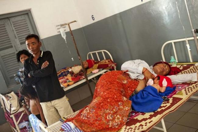 Đau xót cảnh chết chóc ở BV sản Campuchia