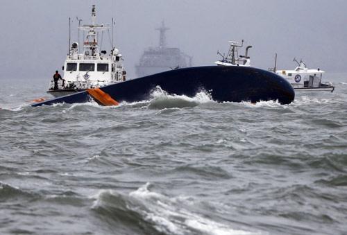 Toàn cảnh vụ chìm phà thảm khốc ở Hàn Quốc - 4