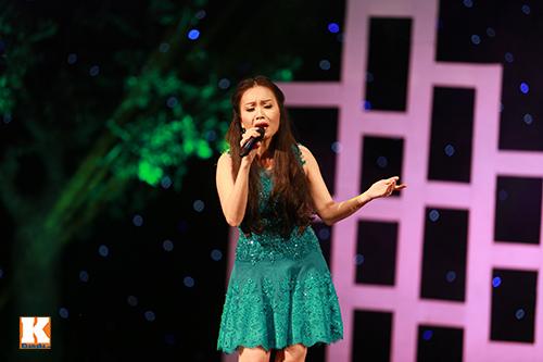 Cẩm Ly bật khóc khi hát về mẹ-6