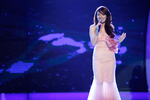 "vn idol: nhat thuy ""dinh cua dinh"" voi trot yeu - 3"
