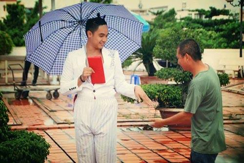 hot boy baggio gay soc khi gia gai - 5
