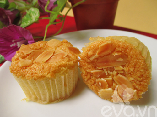 cupcake hanh nhan vani thom ngon - 8