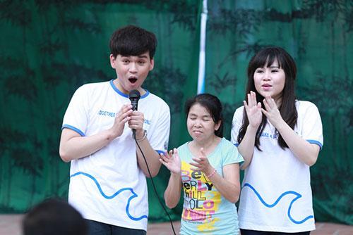 truong phuong bat ngo… khoe con - 2