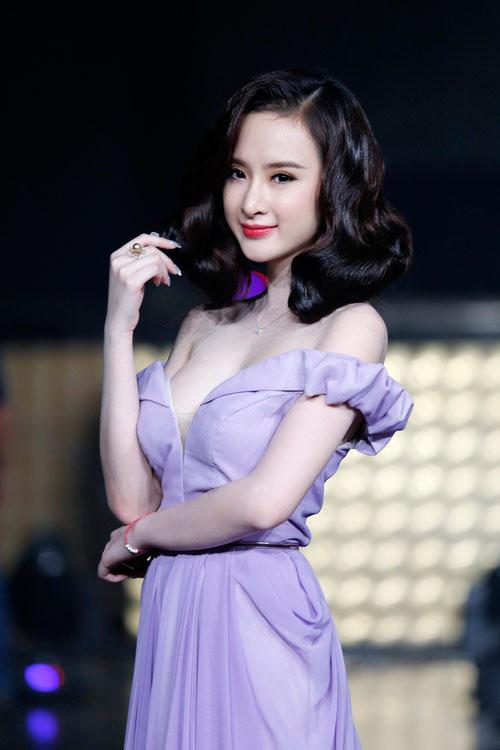 top 8 bo vay giup angela phuong trinh thang hang - 12