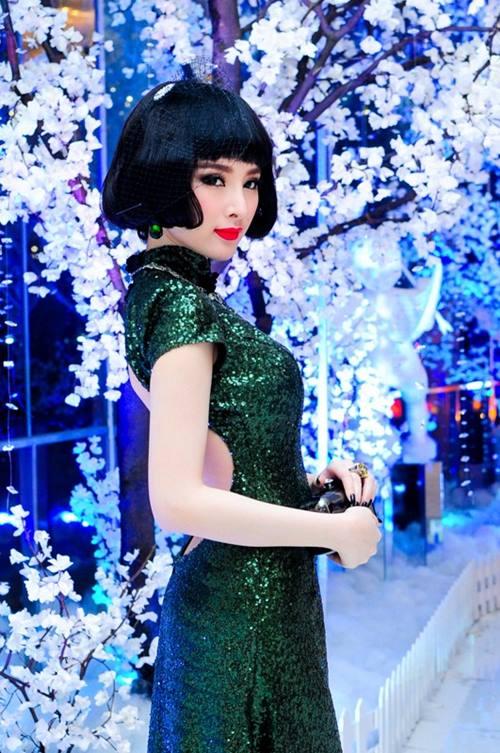 top 8 bo vay giup angela phuong trinh thang hang - 5