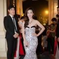 Sao Việt đọ dáng trên thảm đỏ Cống hiến 2014