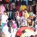 Thời trang - Biến quần áo mới thành hàng thùng để bán giá cao