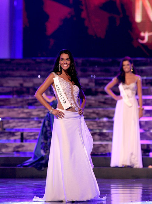 di tim gam mau may man cua cac miss world - 15