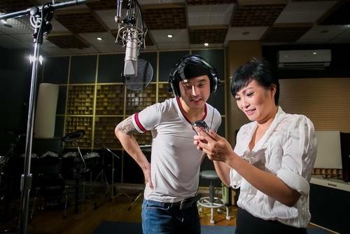 phuong vy lan dau mang bo len san khau - 6