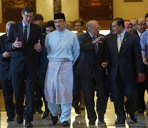 malaysia xem xet kha nang mh370 roi o vinh bengal - 2