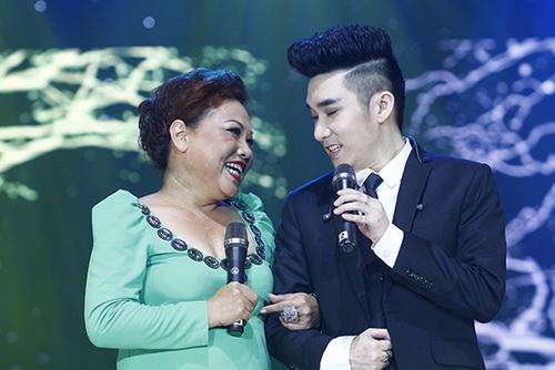 "siu black bat ngo ""xuong nui"" ung ho quang ha - 4"