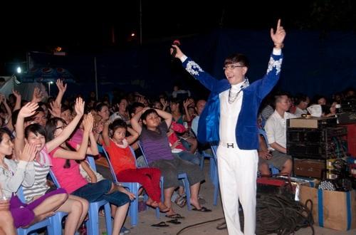 """danh hai kieu oanh mac vay """"xuyen thau"""" ben long nhat - 6"""