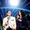 Làng sao - Con nuôi Hoài Linh chọc ghẹo Mỹ Linh trên sân khấu
