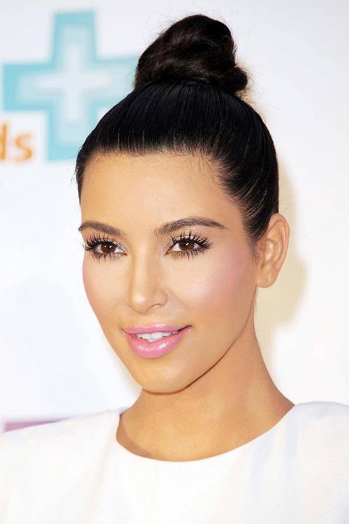 11 kieu toc kardashian nen de trong le cuoi - 7