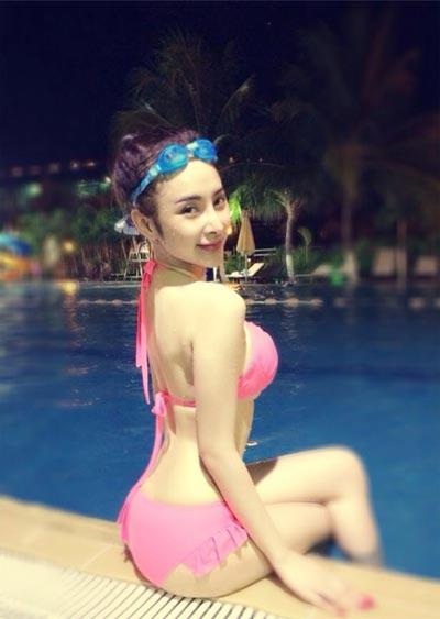 angela phuong trinh sexy ben be boi - 1
