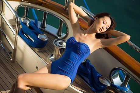 angela phuong trinh sexy ben be boi - 8