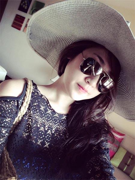 angela phuong trinh sexy ben be boi - 9
