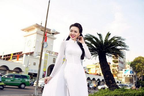 "vu hoang diep ""thoi hon' ao dai truoc cho ben thanh - 3"